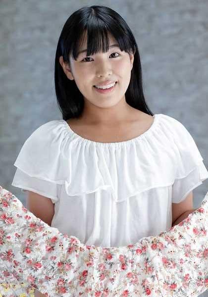 Nana Chinatsu