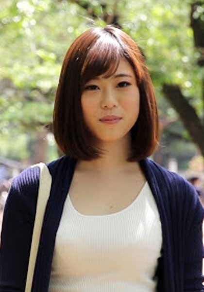 Yui Sasaki 佐々木結苺